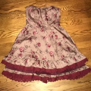 FREE PEOPLE SIZE 4 taupe & maroon strapless dress